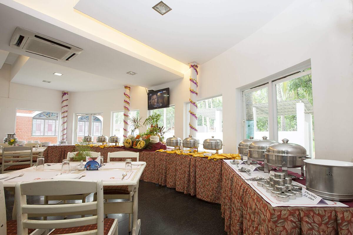 Restaurant bufett area